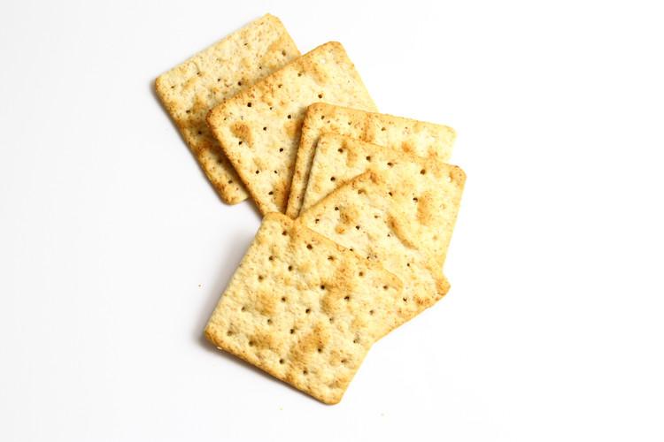 这!跟薯片一样薄的嘉友饼干你见过没?